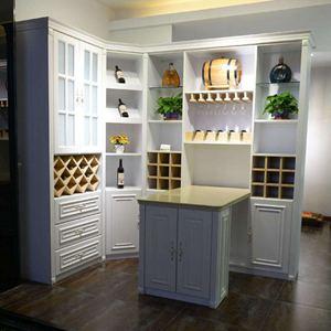 全屋定制酒柜的设计风格